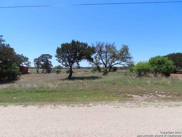 LOT 154 Pr 1518, Bandera, TX 78003 (MLS #1522614) :: The Glover Homes & Land Group
