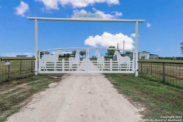 3232 Woodrow Center Rd, Kingsbury, TX 78638 (MLS #1522633) :: Santos and Sandberg
