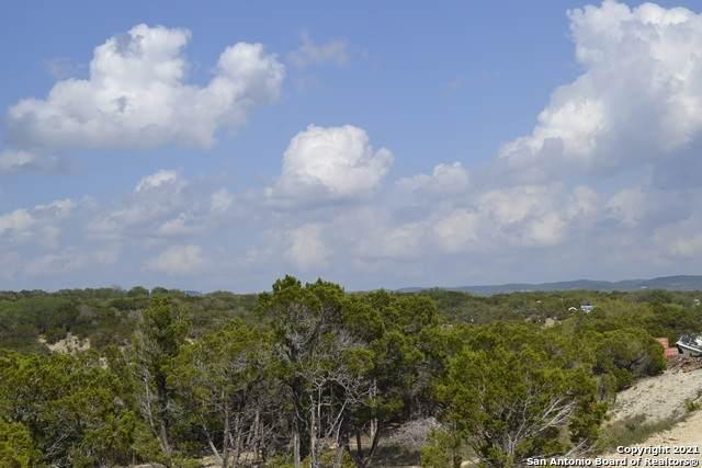 199 Canyon Lk E, Bandera, TX 78003 (MLS #1522660) :: Tom White Group