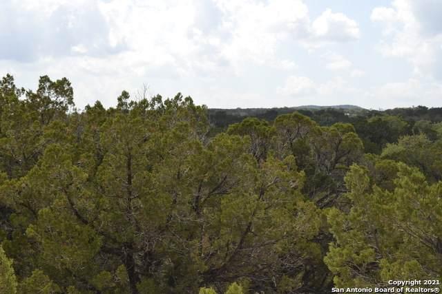 20 Overland Trl, Bandera, TX 78003 (MLS #1522662) :: Tom White Group