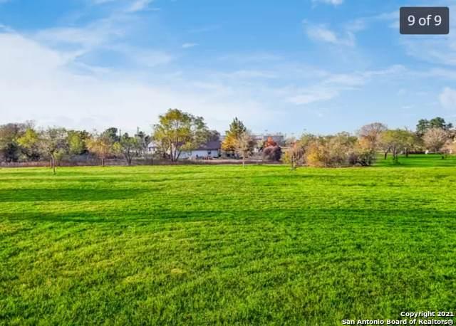 167 Country Gardens, La Vernia, TX 78121 (MLS #1522702) :: Keller Williams Heritage