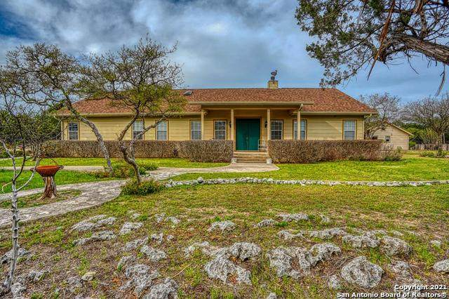 1018 High Pointe Dr, Kerrville, TX 78028 (MLS #1522759) :: BHGRE HomeCity San Antonio