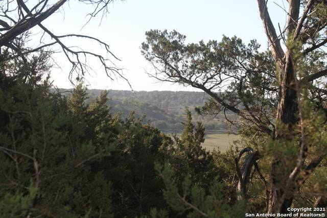124 Ranger Trail, Kerrville, TX 78028 (MLS #1522861) :: 2Halls Property Team | Berkshire Hathaway HomeServices PenFed Realty