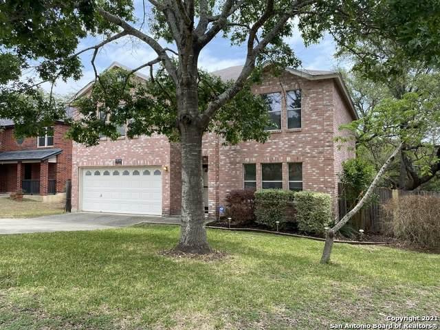 15718 Walnut Creek Dr, San Antonio, TX 78247 (MLS #1522948) :: The Gradiz Group