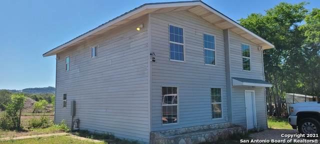 477 Bandera Dr, Bandera, TX 78003 (MLS #1522974) :: The Glover Homes & Land Group