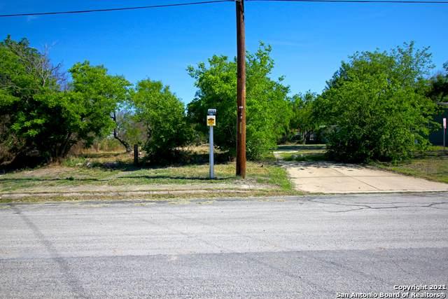 1435 Cantrell Dr, San Antonio, TX 78221 (MLS #1522993) :: The Gradiz Group