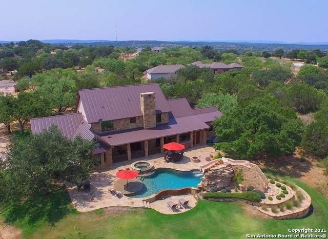 104 Hills Ln, Horseshoe Bay, TX 78657 (MLS #1523099) :: Bexar Team