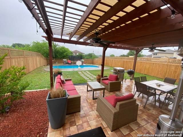 10007 Shady Meadows, San Antonio, TX 78245 (MLS #1523100) :: BHGRE HomeCity San Antonio
