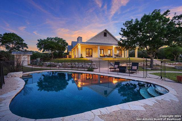 25 Nollkamper Rd, Boerne, TX 78006 (MLS #1523106) :: Sheri Bailey Realtor