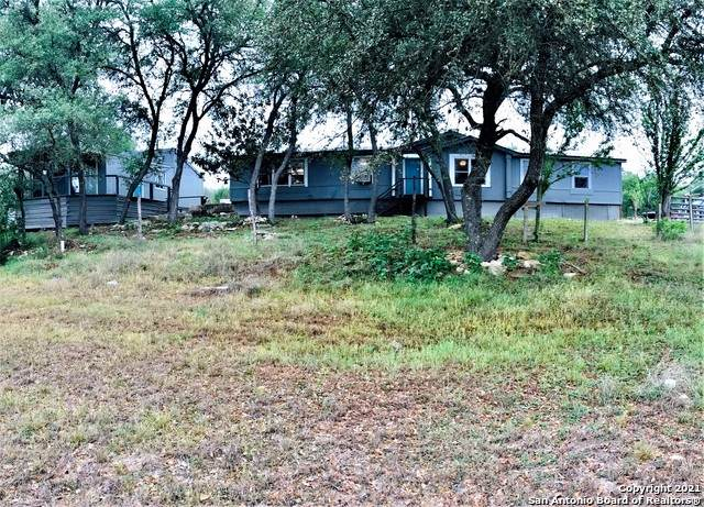 1242 Laswell Ln, Bulverde, TX 78163 (MLS #1523116) :: Alexis Weigand Real Estate Group