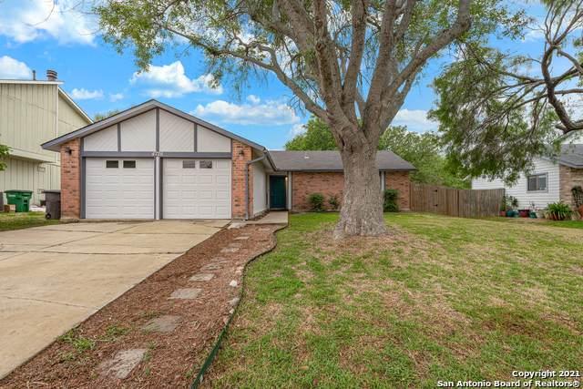 4726 Crested Grove, San Antonio, TX 78217 (MLS #1523174) :: Carolina Garcia Real Estate Group