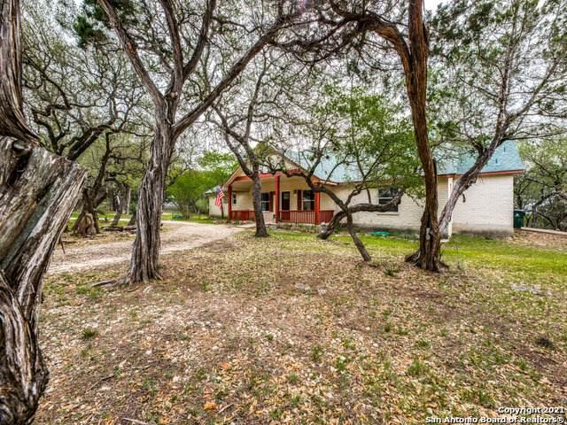2672 Barton Hill Dr, Bulverde, TX 78163 (MLS #1523287) :: The Mullen Group | RE/MAX Access