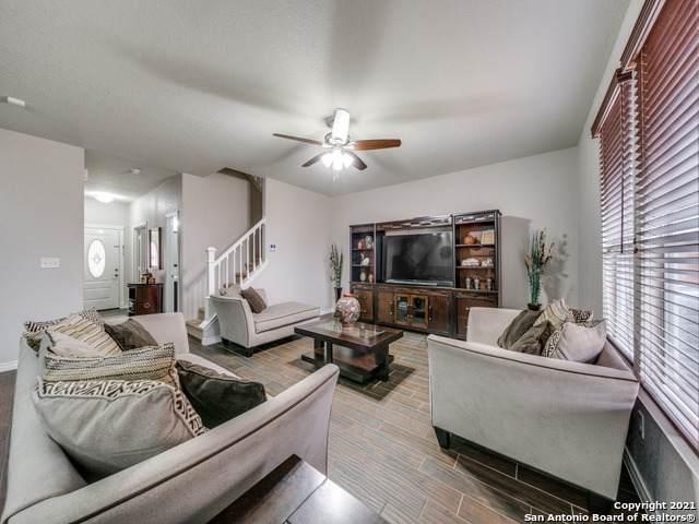 11826 Wildcat Cove, San Antonio, TX 78254 (MLS #1523409) :: Beth Ann Falcon Real Estate