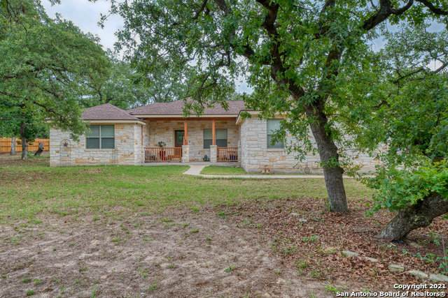 170 Champions Blvd, La Vernia, TX 78121 (MLS #1523470) :: The Gradiz Group