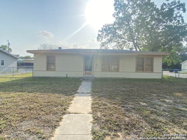 309 N Bryant St, Pleasanton, TX 78064 (MLS #1523473) :: The Rise Property Group