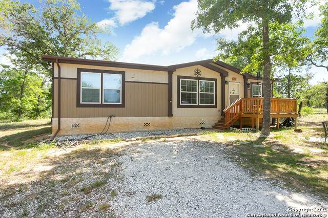 298 County Road 6862, Natalia, TX 78059 (MLS #1523512) :: 2Halls Property Team | Berkshire Hathaway HomeServices PenFed Realty