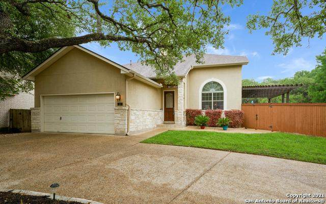 3 Spring Lake Dr, San Antonio, TX 78248 (MLS #1523533) :: The Glover Homes & Land Group
