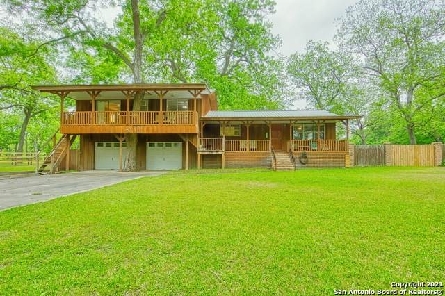 2766 Riverwood Rd, Gonzales, TX 78629 (MLS #1523591) :: The Mullen Group | RE/MAX Access