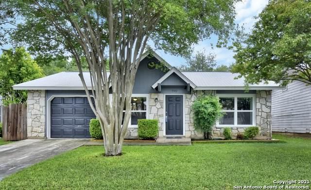 9742 Hidden Rock, San Antonio, TX 78250 (MLS #1523679) :: 2Halls Property Team | Berkshire Hathaway HomeServices PenFed Realty