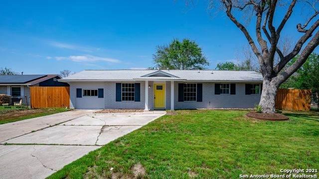 251 Meadow Glade Dr, San Antonio, TX 78227 (MLS #1523730) :: Keller Williams Heritage