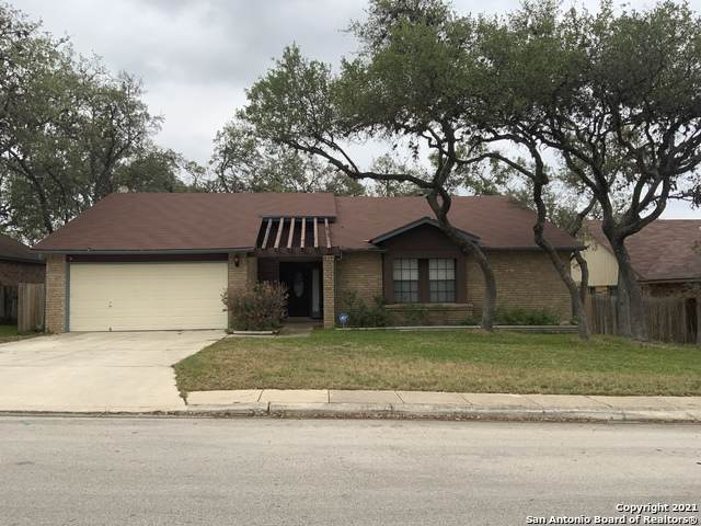 7722 Benbrook, San Antonio, TX 78250 (MLS #1523833) :: 2Halls Property Team | Berkshire Hathaway HomeServices PenFed Realty