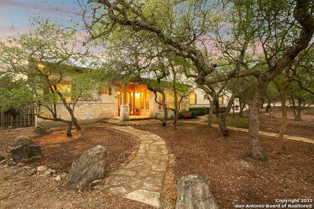 15935 San Cayetano, Helotes, TX 78023 (MLS #1523895) :: Carolina Garcia Real Estate Group