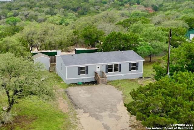 738 Cypress Dr, Canyon Lake, TX 78133 (#1523954) :: The Perry Henderson Group at Berkshire Hathaway Texas Realty