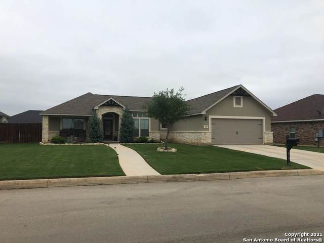 140 Fairway Dr, Floresville, TX 78114 (MLS #1523997) :: The Mullen Group | RE/MAX Access