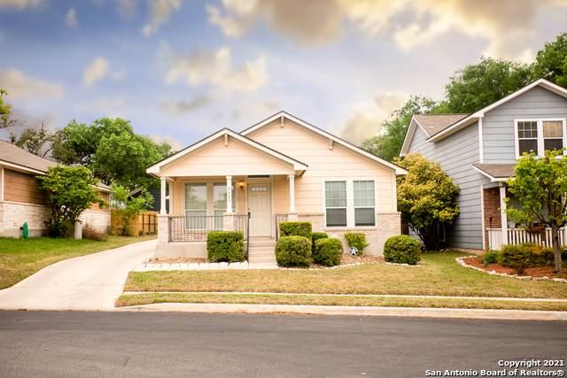 8643 Sunny Oaks, San Antonio, TX 78250 (MLS #1524013) :: Tom White Group