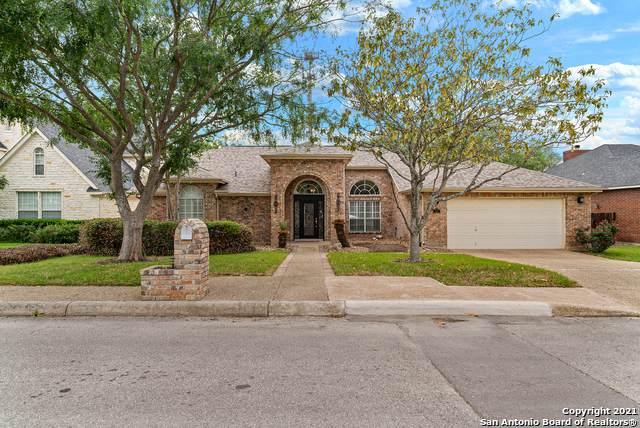 17 N Inwood Heights Dr, San Antonio, TX 78248 (MLS #1524156) :: The Real Estate Jesus Team