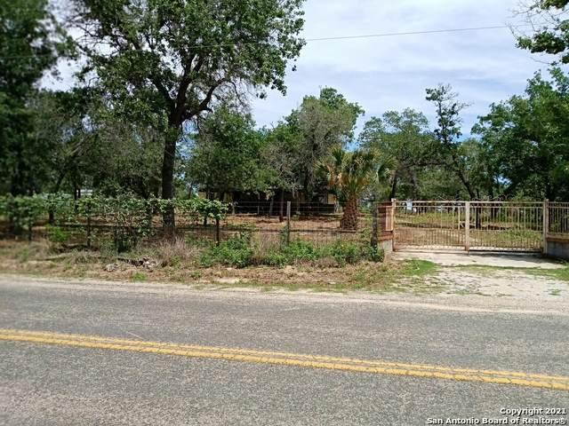 24230 Trumbo Rd, San Antonio, TX 78264 (MLS #1524196) :: The Gradiz Group