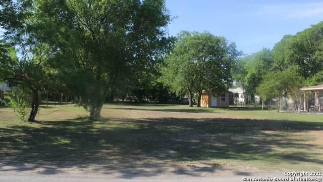 132 Esma St, San Antonio, TX 78223 (MLS #1524245) :: Neal & Neal Team