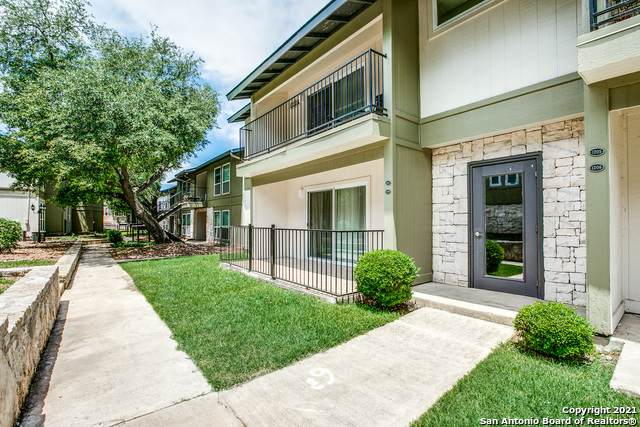 100 Lorenz Rd #1207, San Antonio, TX 78209 (#1524364) :: The Perry Henderson Group at Berkshire Hathaway Texas Realty