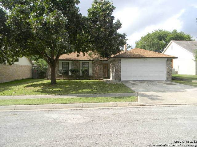 2501 Cedar Ln, Schertz, TX 78154 (MLS #1524368) :: Carter Fine Homes - Keller Williams Heritage