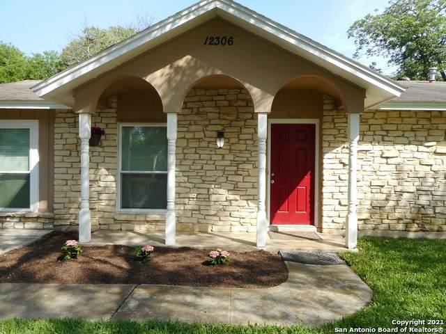 12306 Trailing Oaks St, Live Oak, TX 78233 (MLS #1524432) :: 2Halls Property Team | Berkshire Hathaway HomeServices PenFed Realty