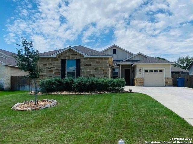309 Iron Gate, Pleasanton, TX 78064 (MLS #1524452) :: The Glover Homes & Land Group