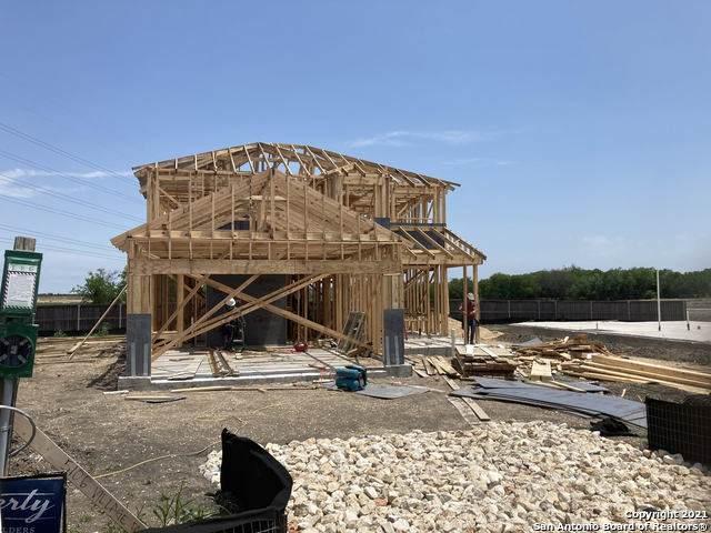 5106 Village Park, Schertz, TX 78124 (MLS #1524594) :: 2Halls Property Team | Berkshire Hathaway HomeServices PenFed Realty