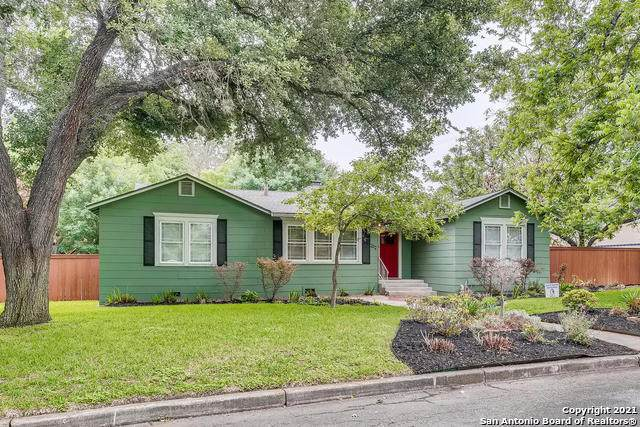 202 Retama Pl, Alamo Heights, TX 78209 (MLS #1524736) :: 2Halls Property Team | Berkshire Hathaway HomeServices PenFed Realty