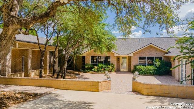 585 Oak Bend Dr, Bandera, TX 78003 (MLS #1524774) :: The Mullen Group | RE/MAX Access