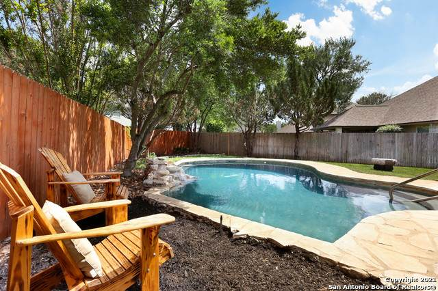 2402 Old Well Dr, San Antonio, TX 78259 (MLS #1524911) :: Carter Fine Homes - Keller Williams Heritage