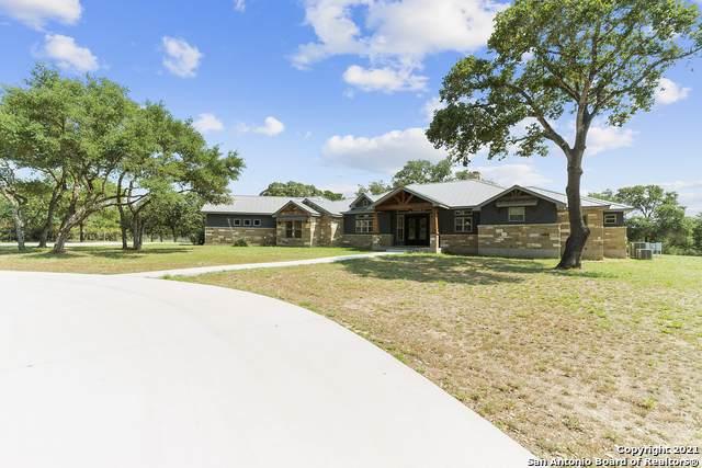 145 Bridgewater Dr, La Vernia, TX 78121 (MLS #1524953) :: The Mullen Group | RE/MAX Access