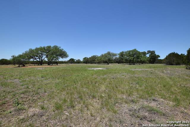 PARCEL 2 Rio Lantana, Pipe Creek, TX 78063 (MLS #1524960) :: Tom White Group