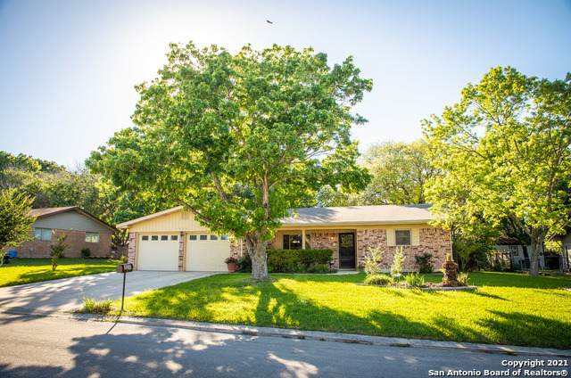 1650 Gardenia Dr, New Braunfels, TX 78130 (MLS #1524983) :: Alexis Weigand Real Estate Group