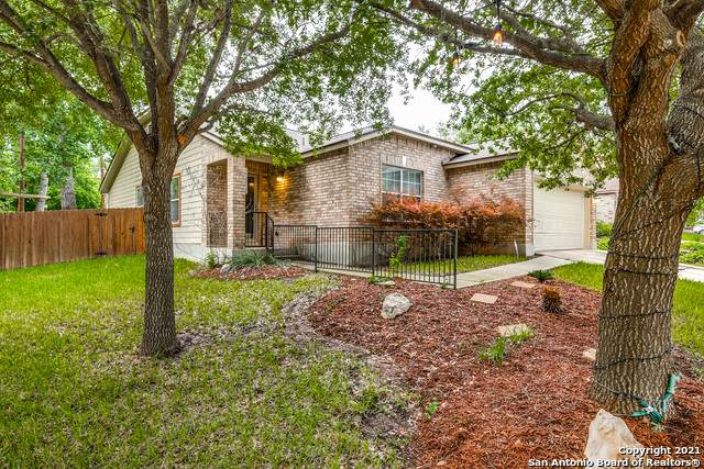 7515 Avery Rd, Live Oak, TX 78233 (MLS #1525001) :: 2Halls Property Team | Berkshire Hathaway HomeServices PenFed Realty