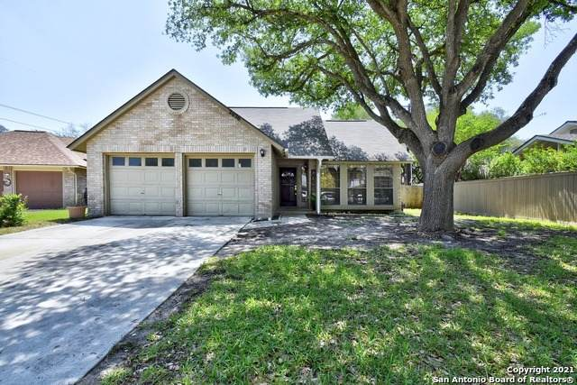 2626 Quail Knolls, San Antonio, TX 78231 (MLS #1525003) :: The Real Estate Jesus Team