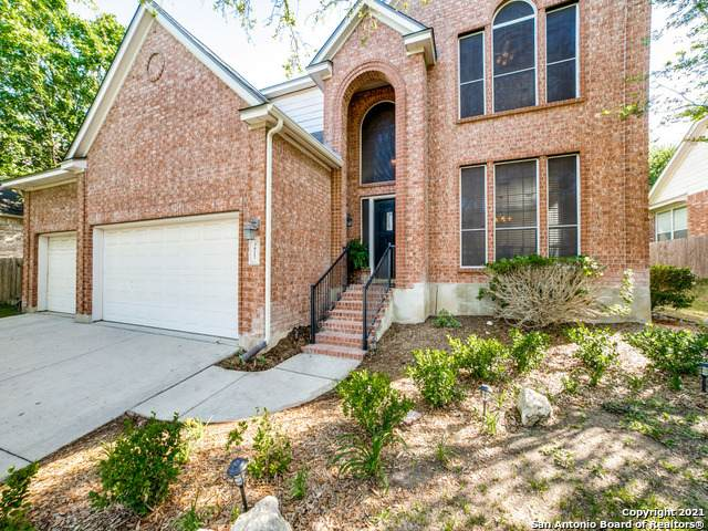3817 Arroyo Seco, Schertz, TX 78154 (MLS #1525045) :: The Gradiz Group