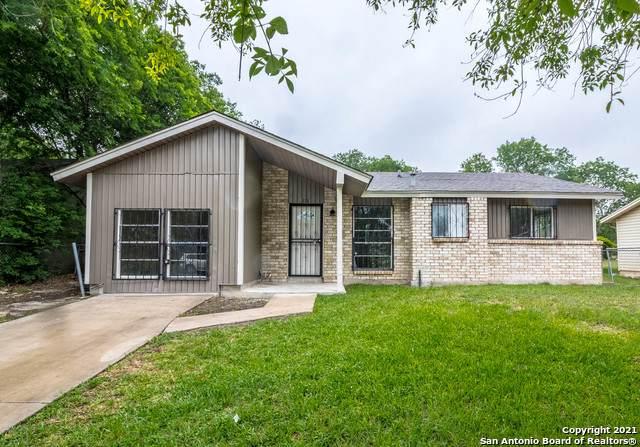 318 Lynhaven Dr, San Antonio, TX 78220 (MLS #1525074) :: Keller Williams Heritage