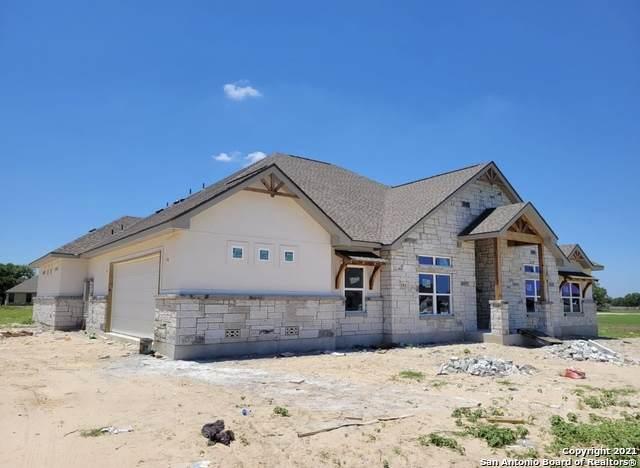 104 Ella Dr, Floresville, TX 78114 (MLS #1525084) :: The Gradiz Group
