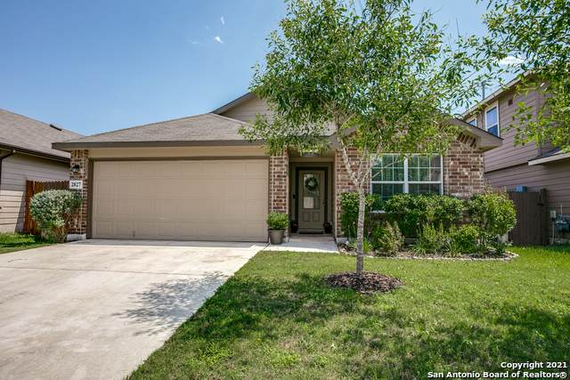 2827 Sunset Bend, San Antonio, TX 78244 (MLS #1525173) :: Carter Fine Homes - Keller Williams Heritage