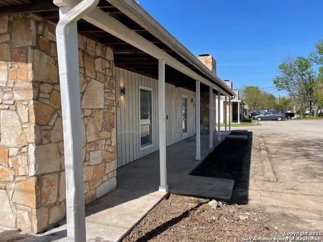 636 Mill St, San Marcos, TX 78666 (MLS #1525180) :: Tom White Group